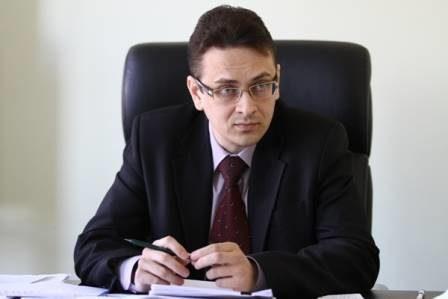 Александр Стряпчев