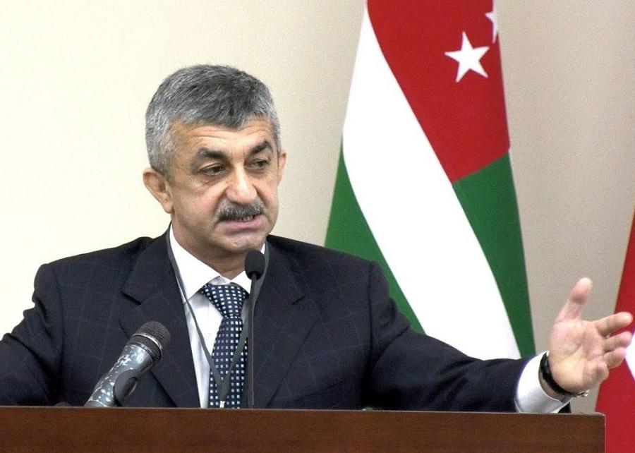 Мусса Экзеков опубликовал обращение к кандидатам в президенты Абхазии