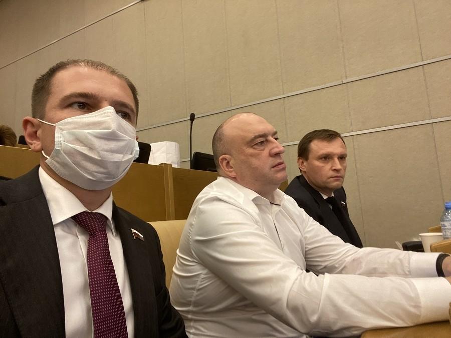 Михаил Романов: «Государственная Дума продолжает работать над законопроектами, направленными на защиту граждан от последствий пандемии»
