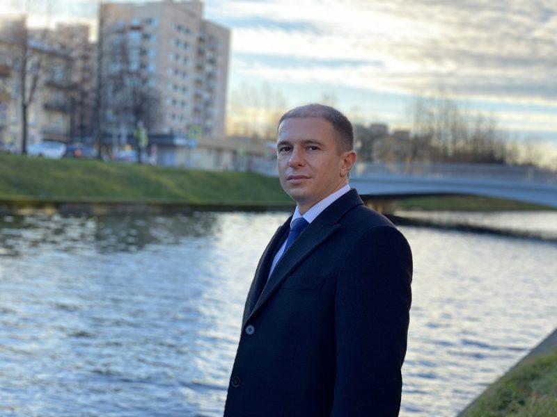 Михаил Романов обратился к главе МВД с просьбой взять на личный контроль инцидент со стрельбой в трамвае во Фрунзенском районе Санкт-Петербурга