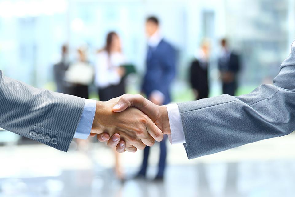 Skillbox и бизнес-клуб «Атланты» создали для предпринимателей и руководителей курс по бизнес-партнерству