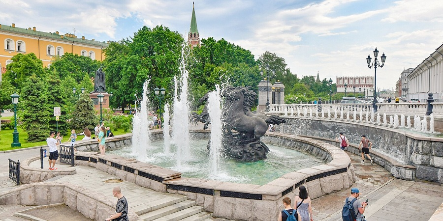 Стартует новый сезон столичного конкурса туристических маршрутов «Покажи Москву!»