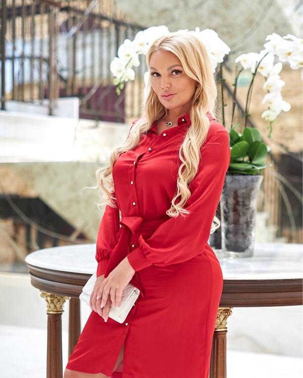 В сеть салонов Татьяны Третяк Royal Spa в Дубае стал ходить Павел Дуров и другие знаменитости