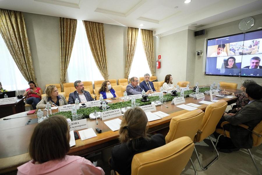 Эксперты РФ и Казахстана обсудили учебный план будущей Школы приграничных НКО